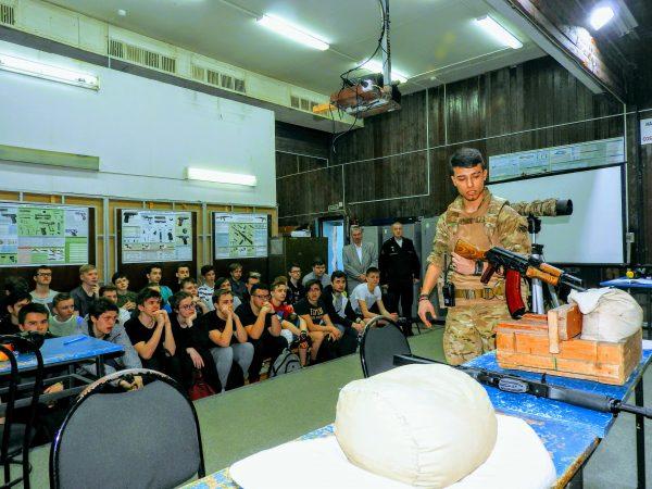 Допризывная молодёжь Зеленограда на военных сборах