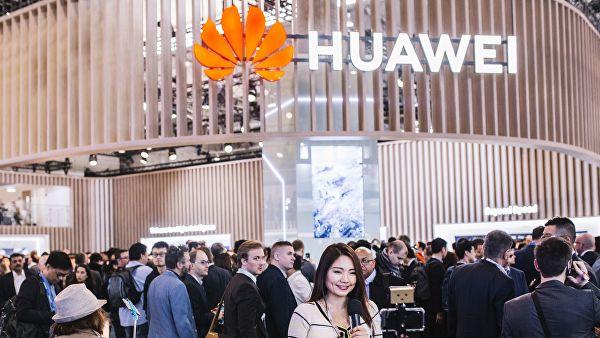 на смартфонах Huawei перестанет обновляться Android