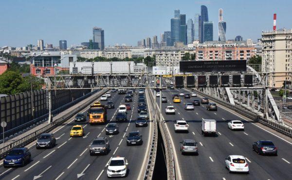 На российских дорогах разрешат скорость 130 км.ч