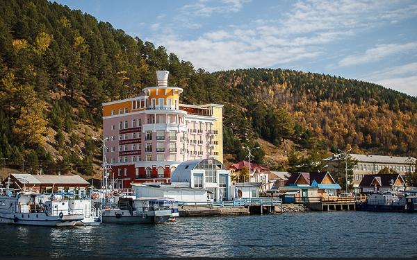 На берегу Байкала граждане Китая незаконно строят дома, гостиницы, рестораны