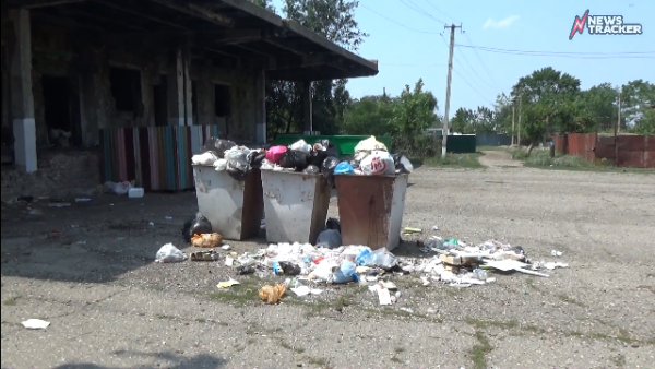 Стариков в поселке Ставрополья пугают лишениями за жалобы