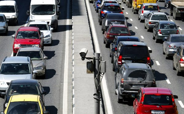 В Москве начали проверять наличие ОСАГО при помощи дорожных камер