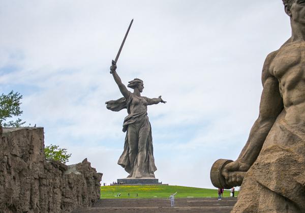 Депутат МГД Герасимов назвал кощунством слова Артемия Лебедева о скульптуре «Родина-мать»