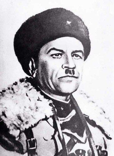 Гимназии 1528 присвоили имя Героя Советского Союза И.В. Панфилова
