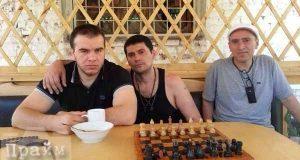 chechenskij-vor-v-zakone-pohvastalsya-roskoshnoj-obstanovkoj-v-chelyabinskoj-tyur-me-foto