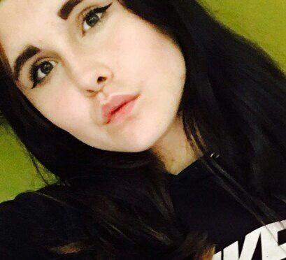 razy-skivaetsya-13-letnyaya-anastasiya-mel-nikova
