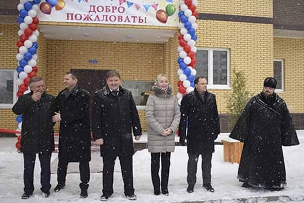 v-solnechnogorske-12-semej-s-ulitsy-bezverhova-poluchili-novy-e-kvartiry
