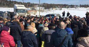 protesta-protiv-svalok-pod-moskvoj-perekry-ty-dorogi-v-kolomne-i-ruzskom-rajone